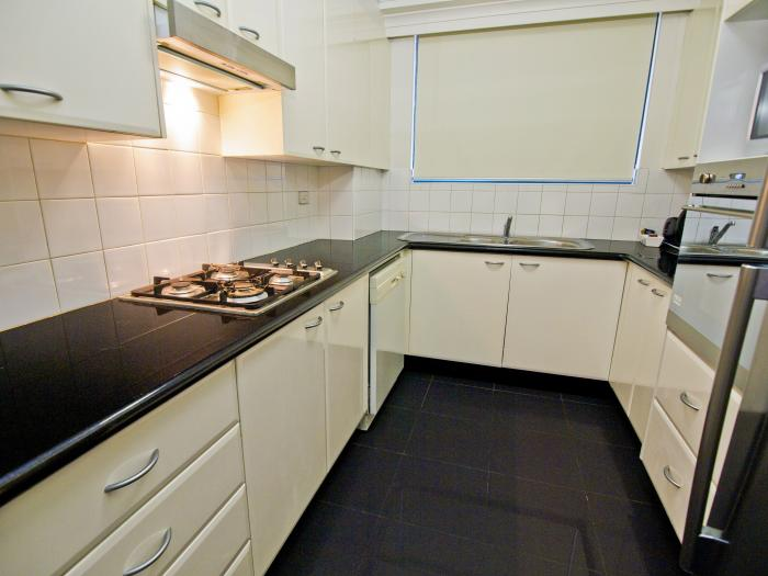 Oaks Castlereagh Two Bed Kitchen